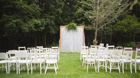 Styled Wedding Shoot_white chairs